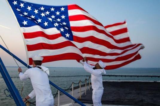 sailors-and-flag-1800x1200